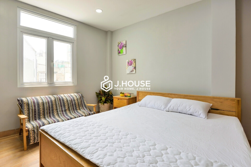 New studio serviced apartment in District 3, near market, river