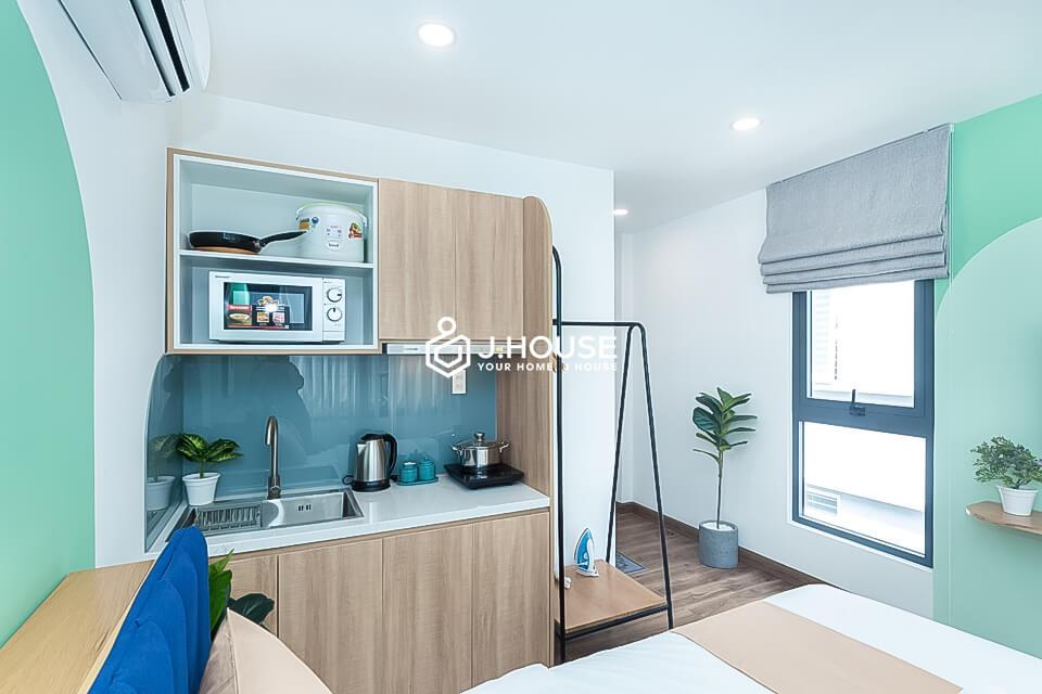 2. P202-studio-27m2-window-7.5tr (6)