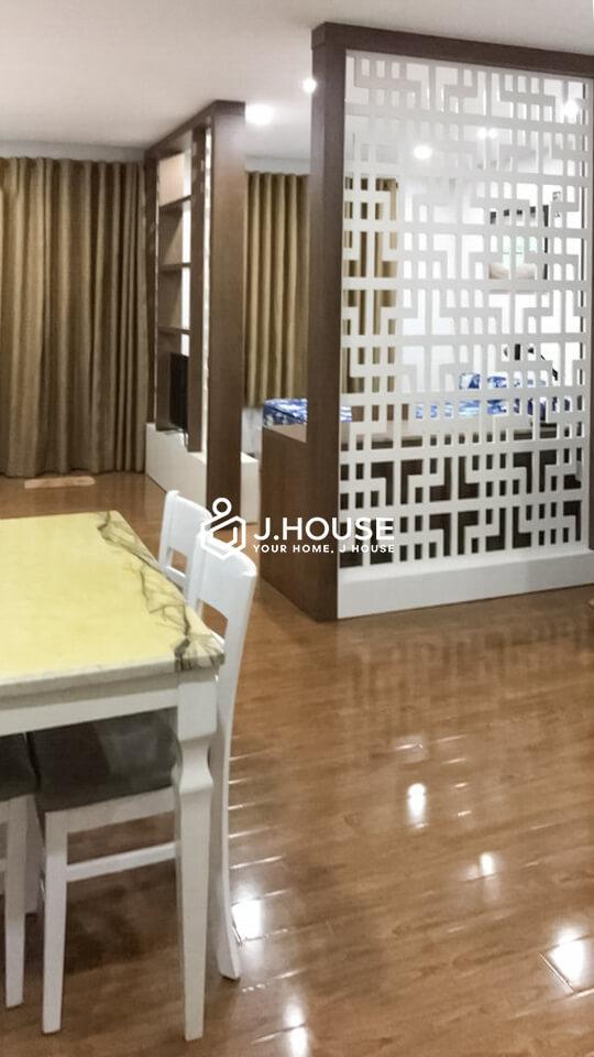 1. 10tr studio nguyenconghoan (1)