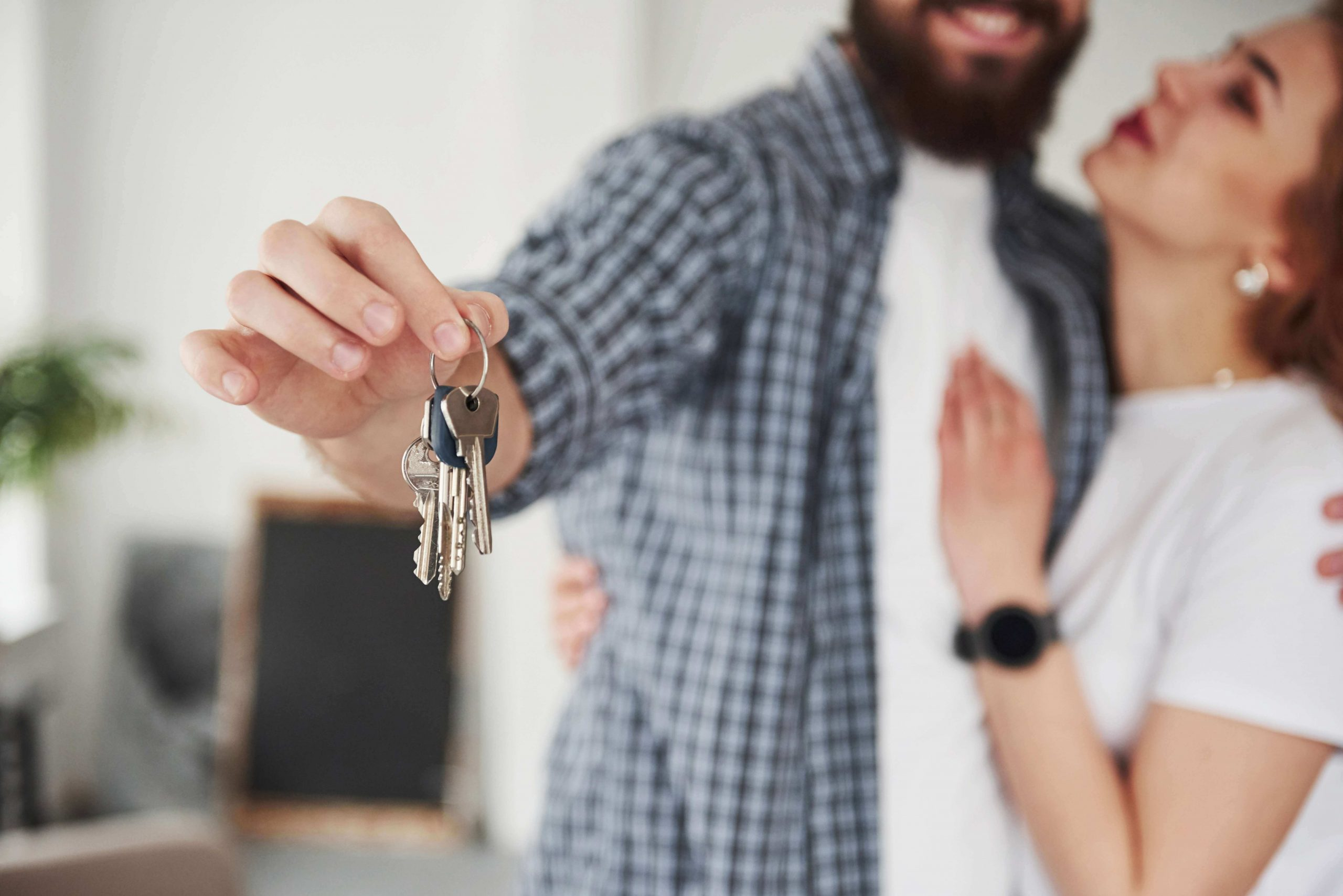 first-apartment-checklist-with-key-and-wifi