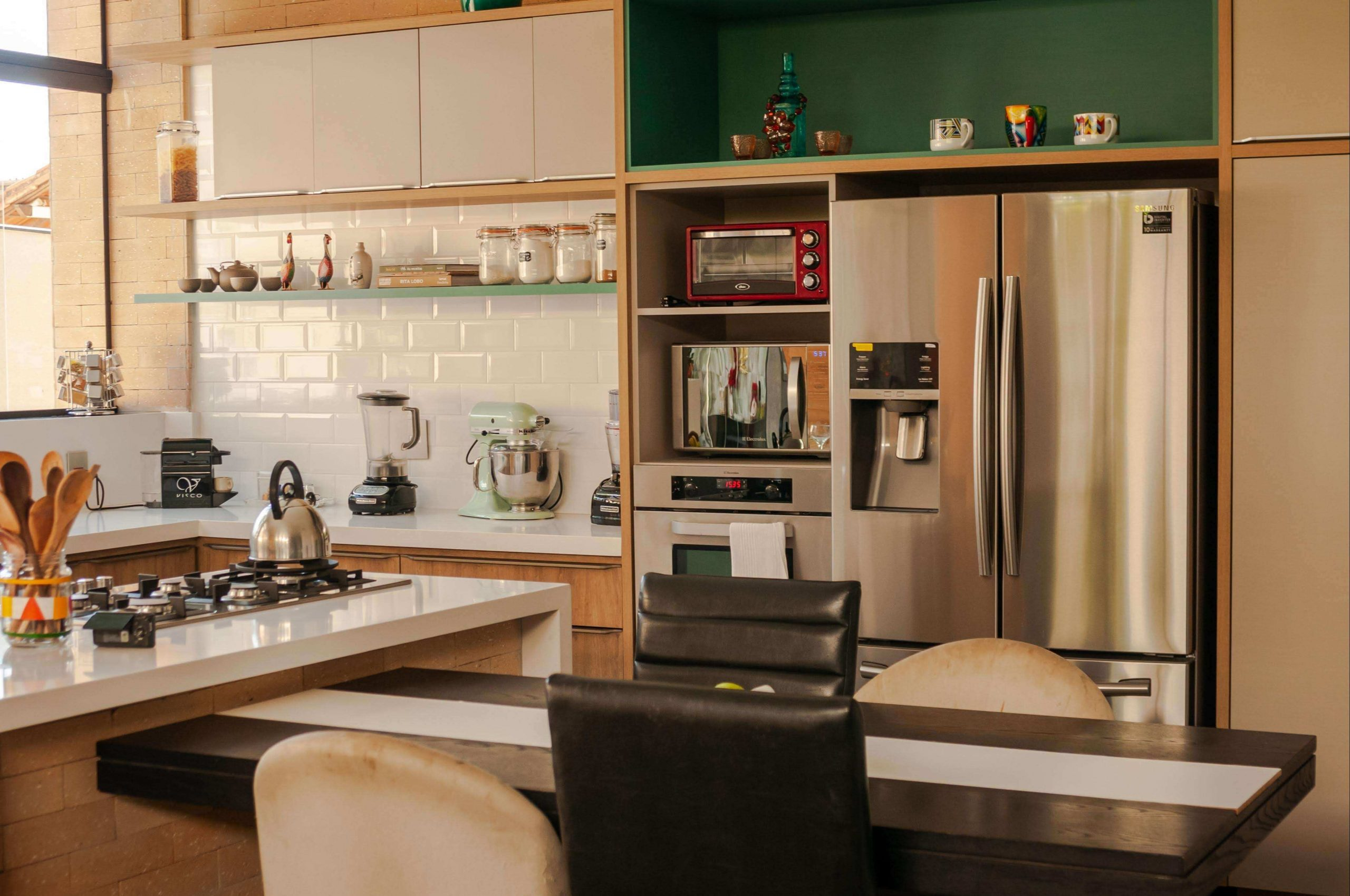 first-apartment-checklist-dining-room-kitchen