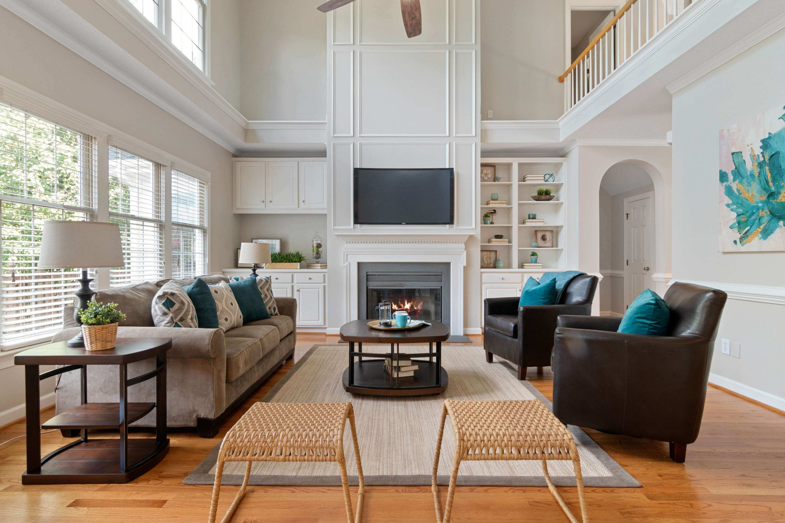 first-apartment-checklist:-living-room